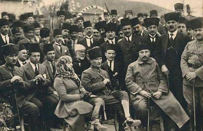 Ataturkun Cevap Veremedigi Kisi Kimdir